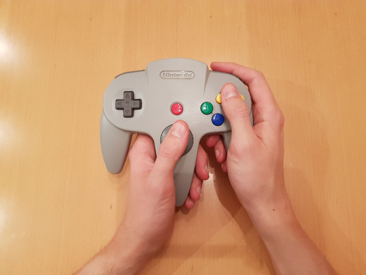 How to hold an N64 controller the standard way